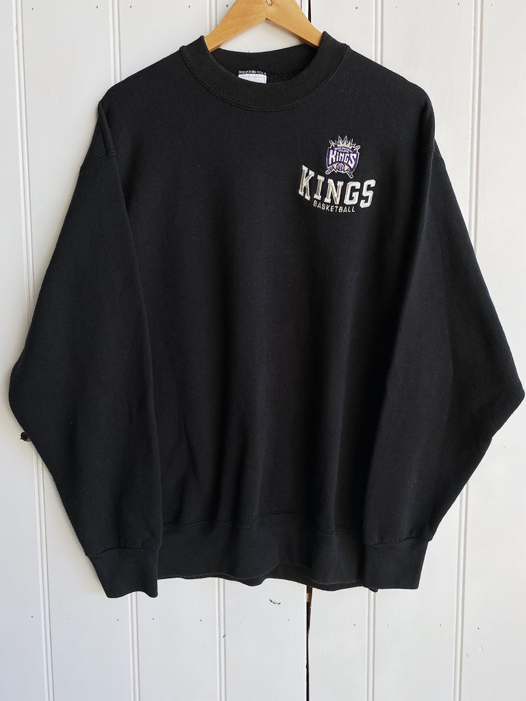 Vintage Sports - Player Sacramento Kings Black Sweatshirt - Large