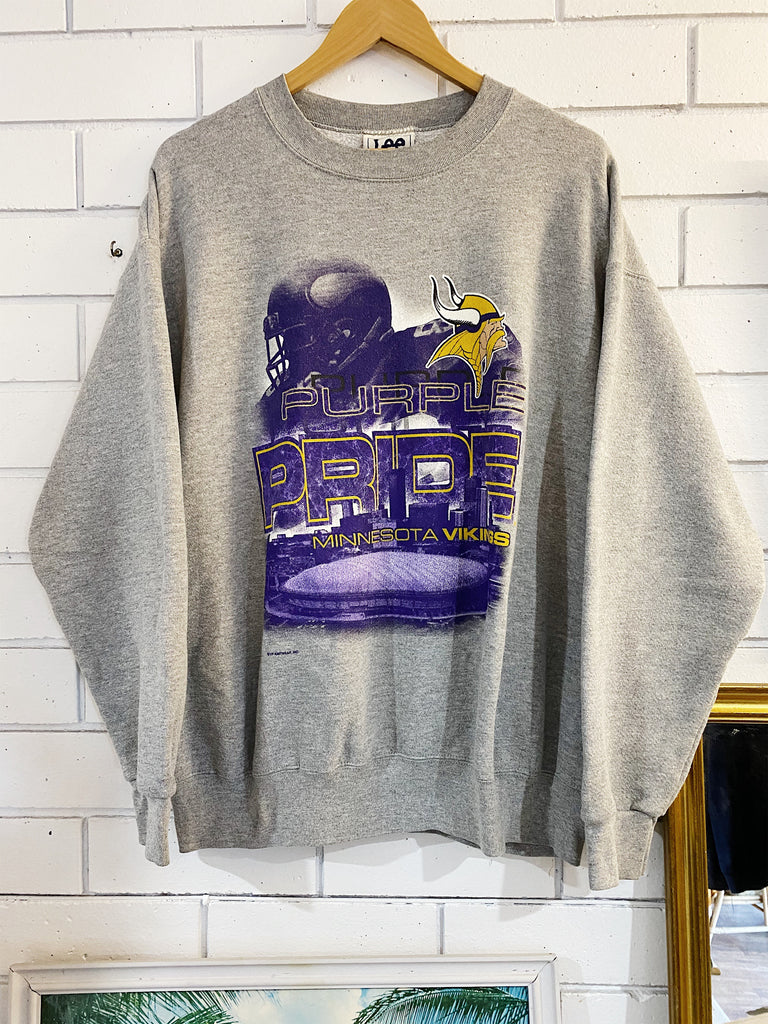 Vintage Sports - Minnesota Vikings Grey Sweatshirt - Large