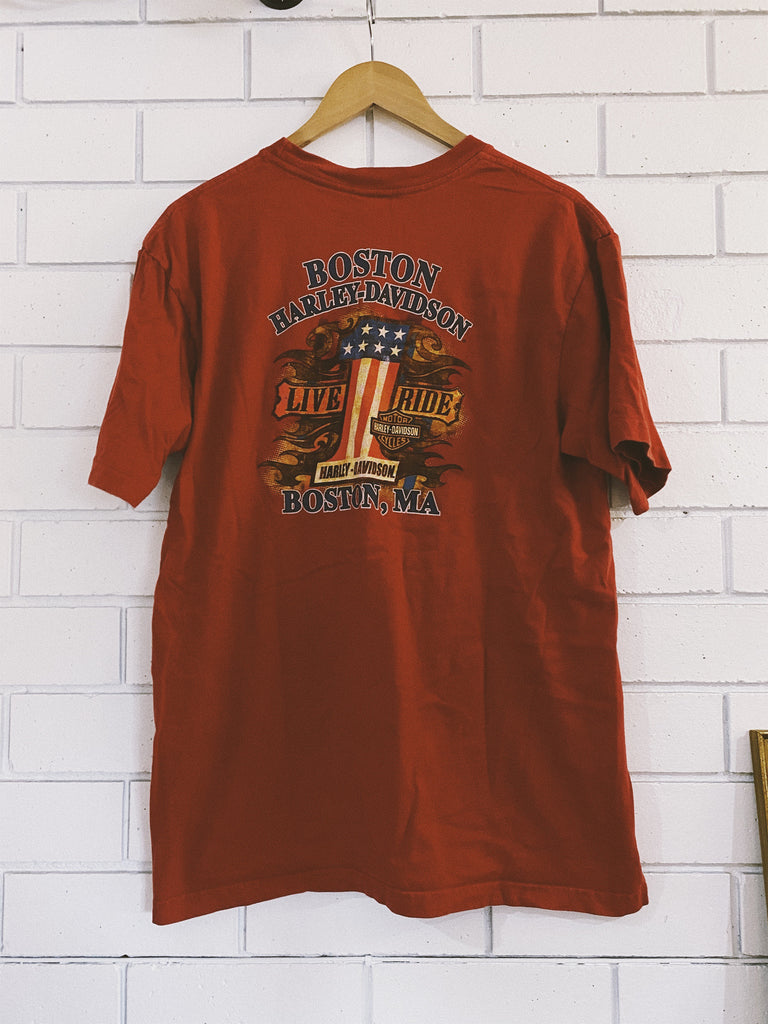 Vintage Harley Boston Red T-Shirt - Large
