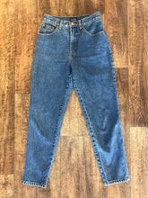 Load image into Gallery viewer, Vintage Gap jeans - Small