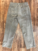 Load image into Gallery viewer, Vintage Steve & Barry Jeans - Size 33