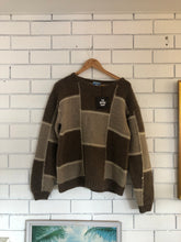 Load image into Gallery viewer, Vintage Icelandic Pure Wool Jumper Large