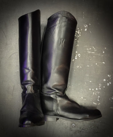VINTAGE LEATHER EQUESTRIAN BOOTS by DEVON AIRE