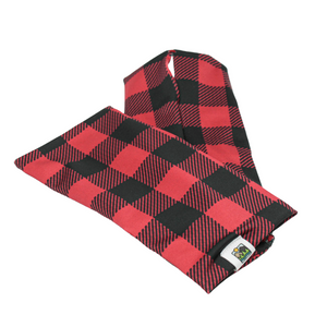 Snow Sleeves Buffalo Plaid – Now you can rock this 150 year old print in a whole new way!  Whether it evokes nostalgic Paul Bunyan myths, up north style, or cowboy life-  it's true, Buffalo Plaid originated in USA's very own Woolrich Woolen Mills in 1850.