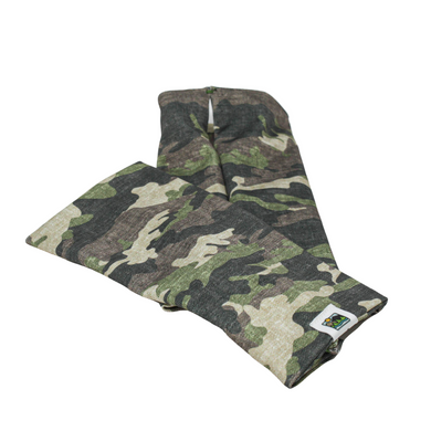 Snow Sleeves Camo Yourself Green- Show off your army pride or love of hunting with this classic green camouflage print.