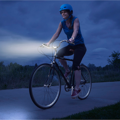 These great bike lights make staying safe easy and affordable.  Ideal for family bike rides or for commuter cyclists and provides 180° of light visibility.   The Radiant 50 is an ideal front or rear indicator light in both white and red options to make riders seen and safe, day or night.