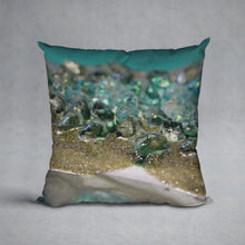 Load image into Gallery viewer, Dioptase Cushion - Elegance