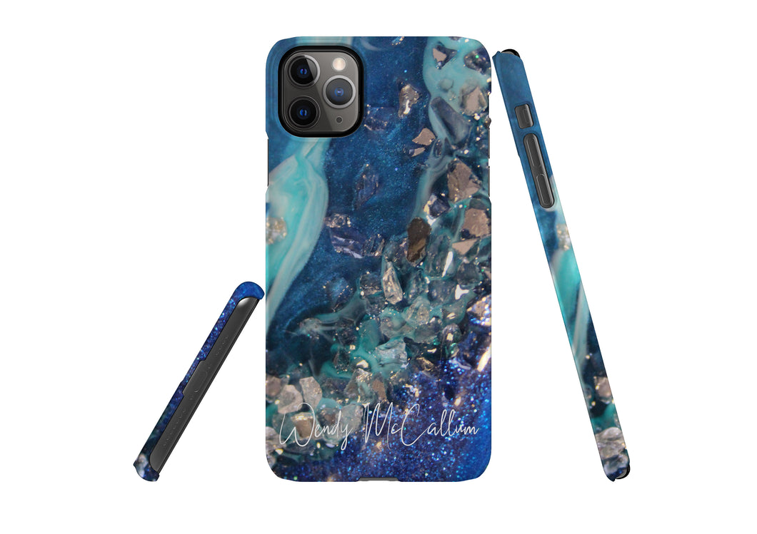 Elucidation snap phone case