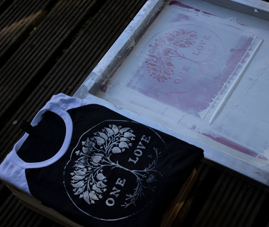 hand printed womens tshirts uk, mama feelsgood