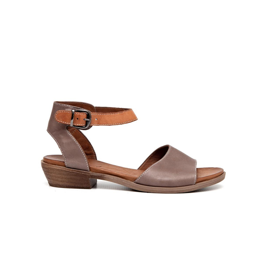 Gia Leather Low Block Heel Sandal - Taupe
