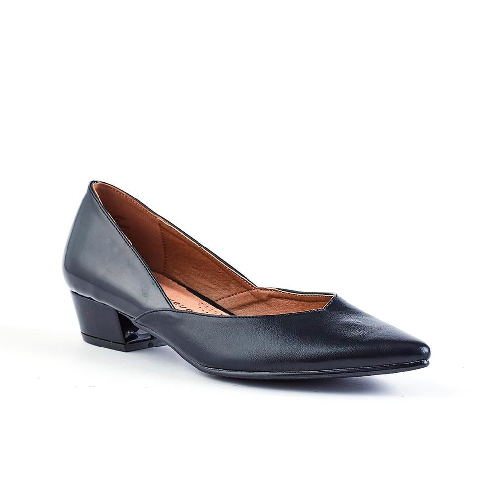 Queue Elevate Pointy Two Tone Low Block Heel - Black