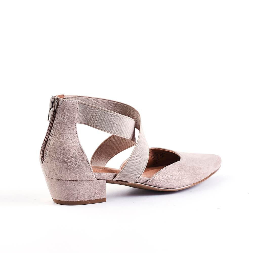 Queue Ella Pointy Elasticated Closed Back Low Block Heel - Stone