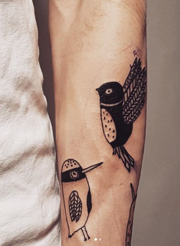 tattoo, bird tattoo, majasbok tattoo, line drawing tattoo, black and white tattoo, arm tattoo, tattoo illustration, tattoo birds, tatuering, tattoo inspo