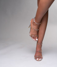 "Load image into Gallery viewer, STAMPEDE SHOETIQUE ""Dovie"" Heel"
