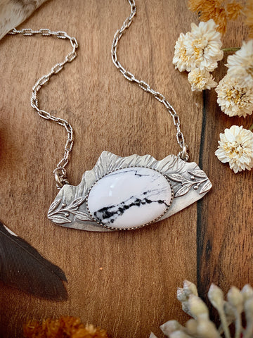 White Buffalo Vistas Necklace
