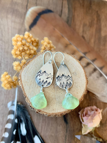 Mountain Earrings • Prenhite