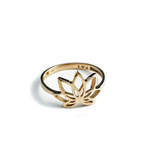 14k Samsara Lotus Ring