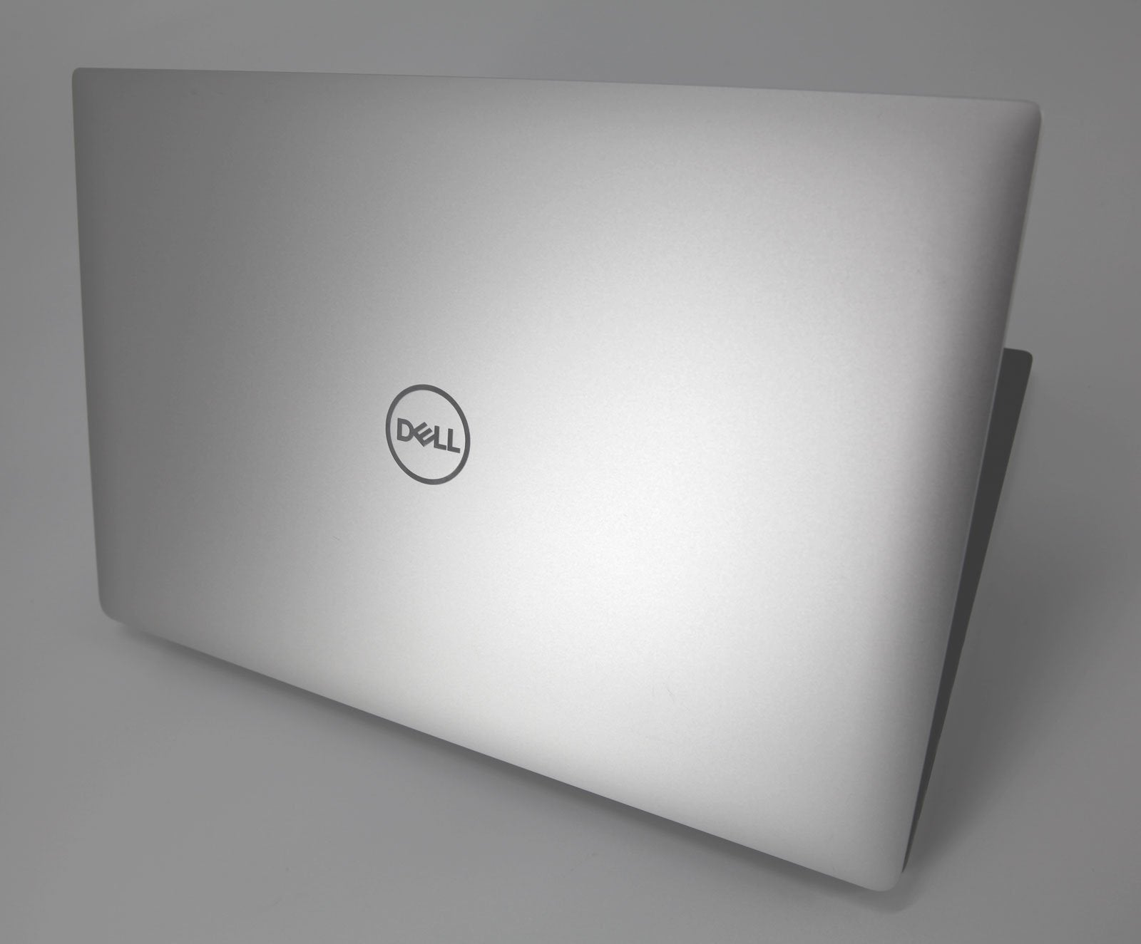 Dell Precision 5530 CAD Laptop: Core i7-8850H, 16GB RAM, 256GB SSD, P1000 1.9KG - CruiseTech