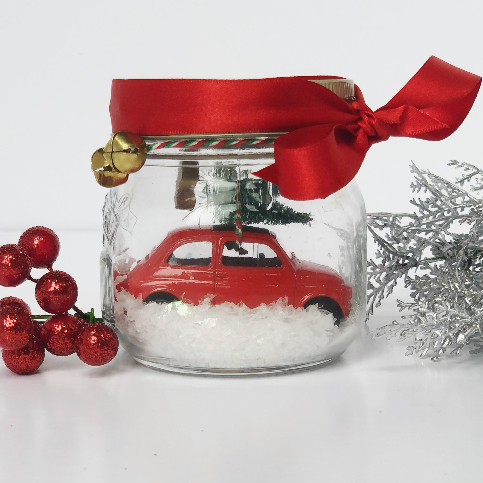 Christmas Car in a jar, Red car in the snow ❄️