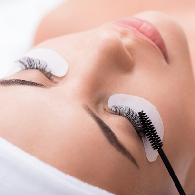 Lash Bible: A guide to Classic Eyelash Extension application