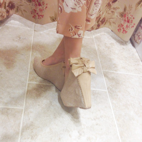 Wedge Bow Heels