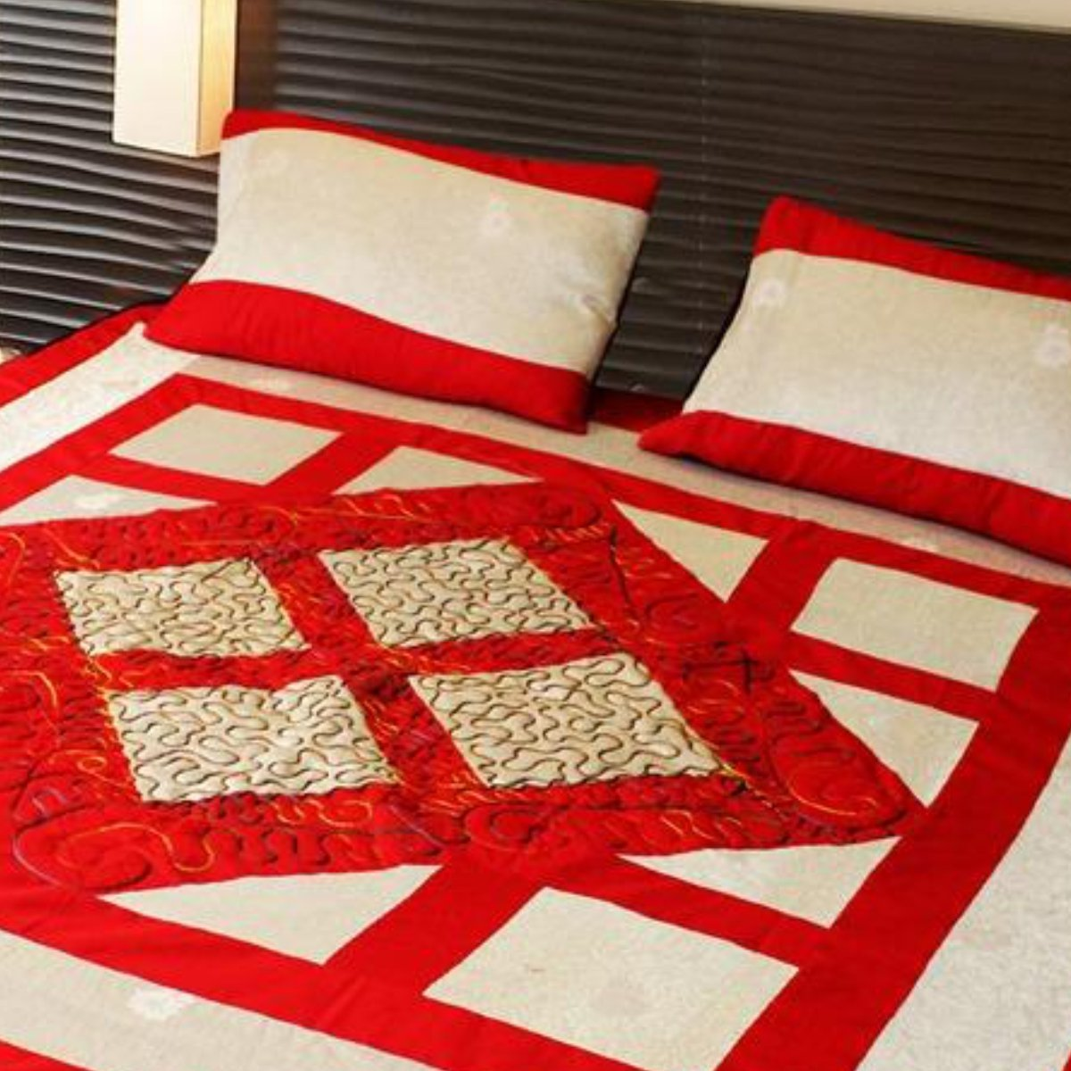 Cotton Satin Patch Work Bedsheet - waseeh.com