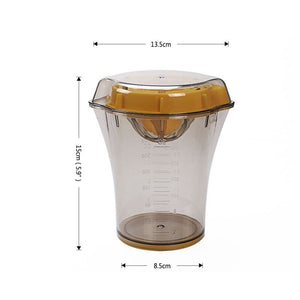 Manual Citrus Juicer with Built-in Measuring Cup