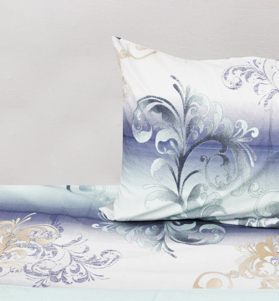 Cotton Quilt Cover Set - 4 pcs -  White and Blue Floral - waseeh.com