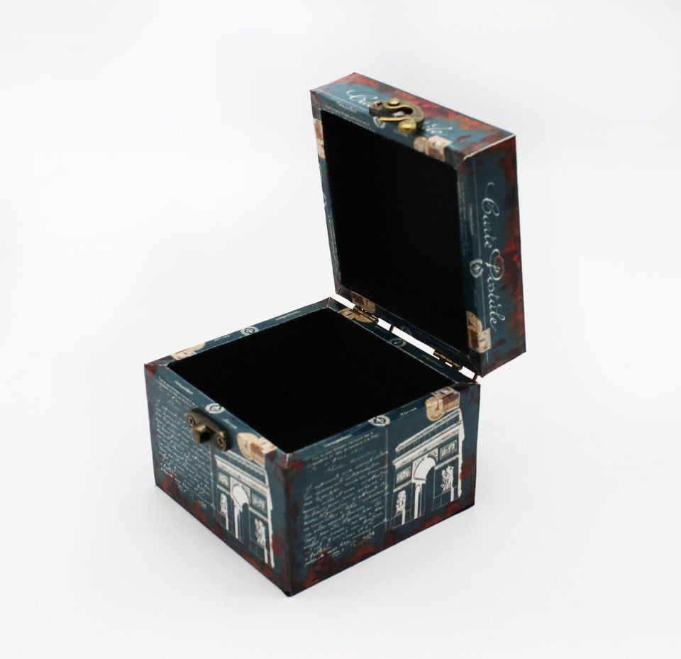 Vintage Jewelry Box - waseeh.com