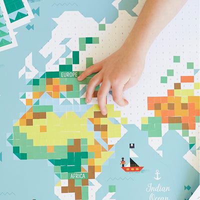 Poppik klistremosaik i papir, Kæmpe plakat og 1600 stickers - World map