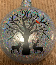 "Load image into Gallery viewer, ""Feel you with my heart"" Memorial Glass Christmas Ornament"