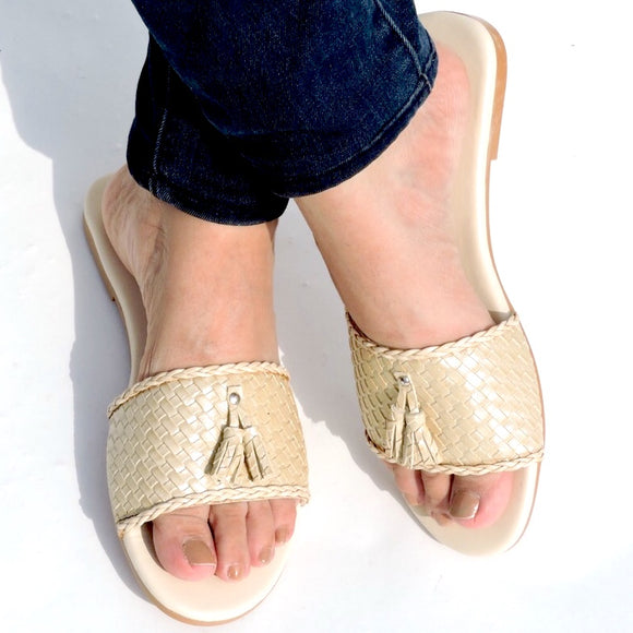 Mesh & Tassle Slide Gold