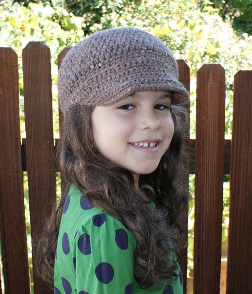 All Ages Newsboy Cap Crochet Pattern - KNITCRATE