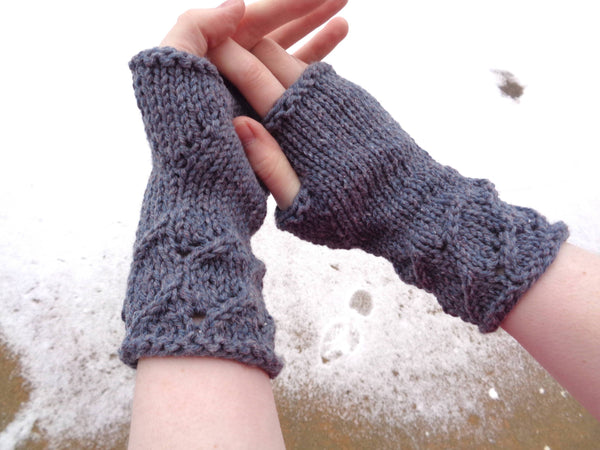 Bluebell Fingerless Gloves