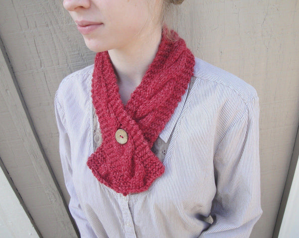 Chateau Cable Neck Warmer - KNITCRATE