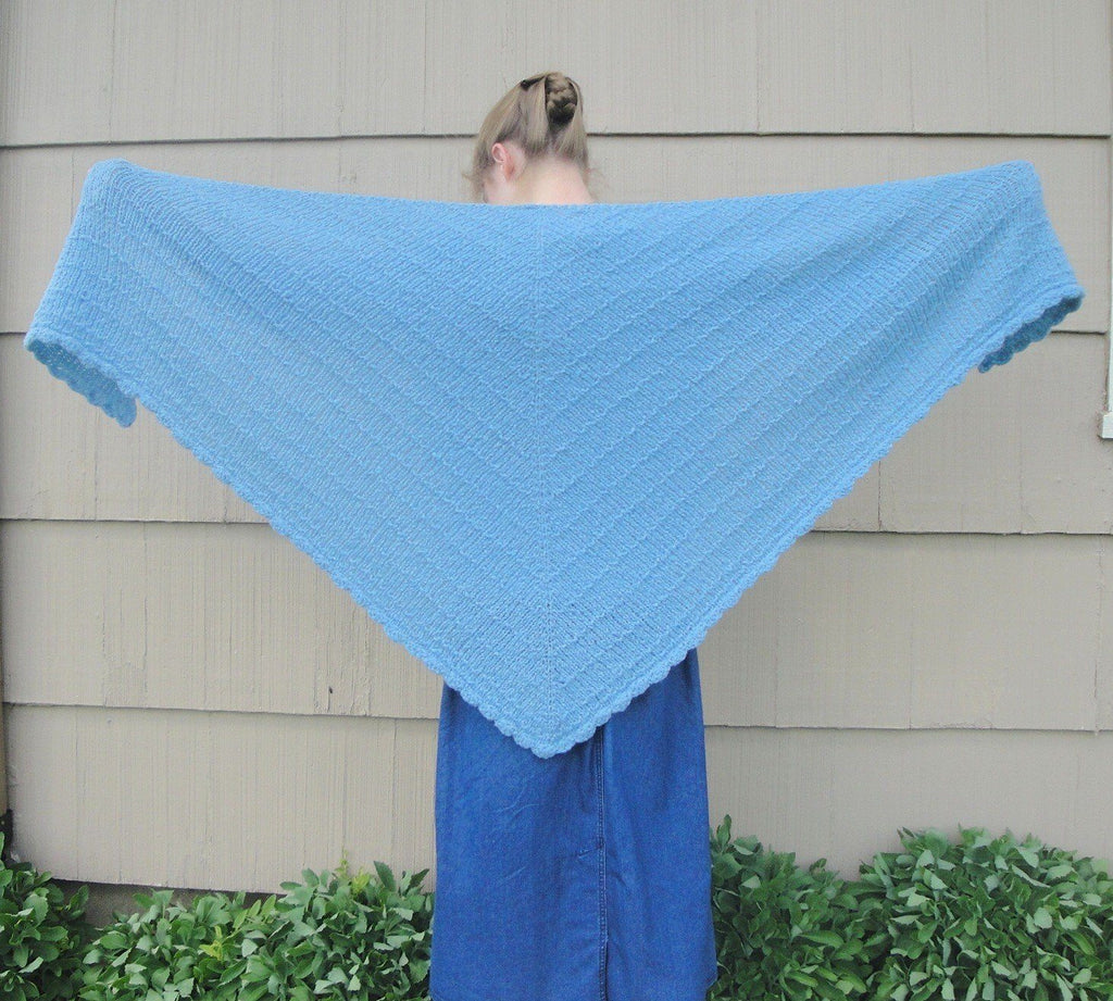 Cozy Shawl - KNITCRATE