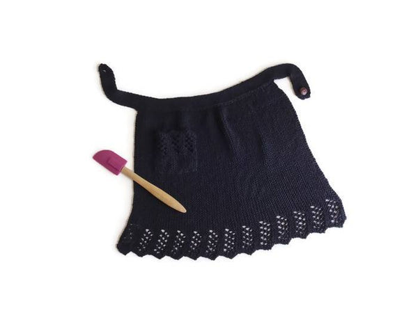 Ebony Apron - KNITCRATE