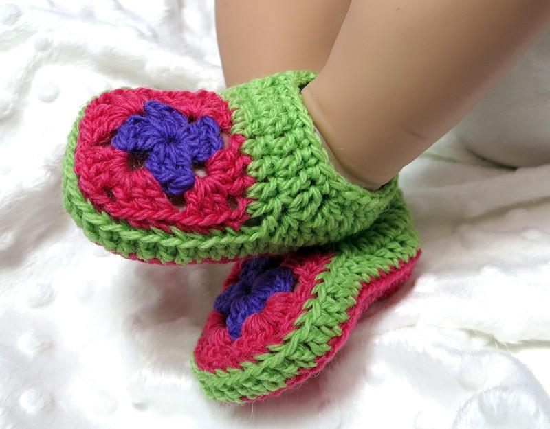 Granny Square Baby Booties and Beanie Gift Set Crochet Pattern