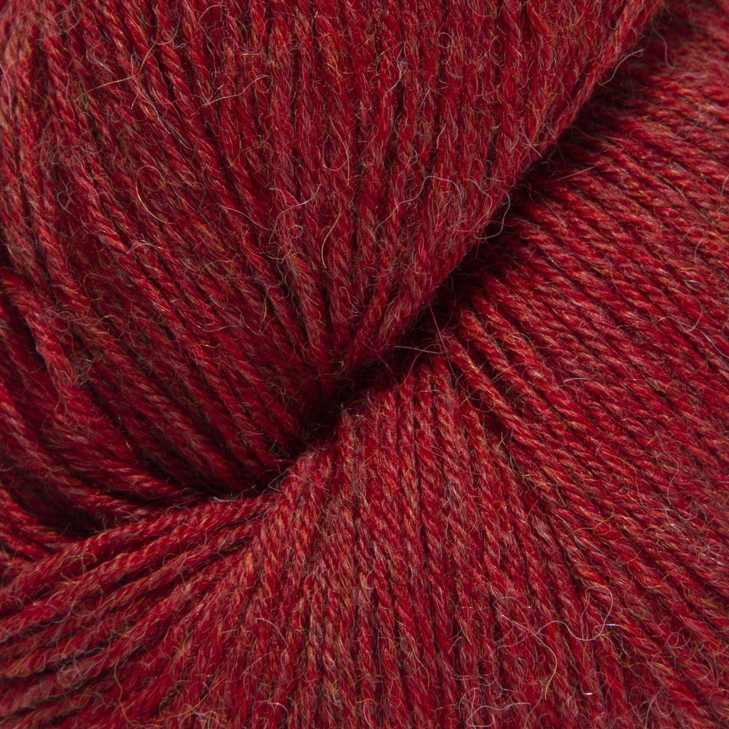 La Brebis Light Alpaca in Dogwood Berry