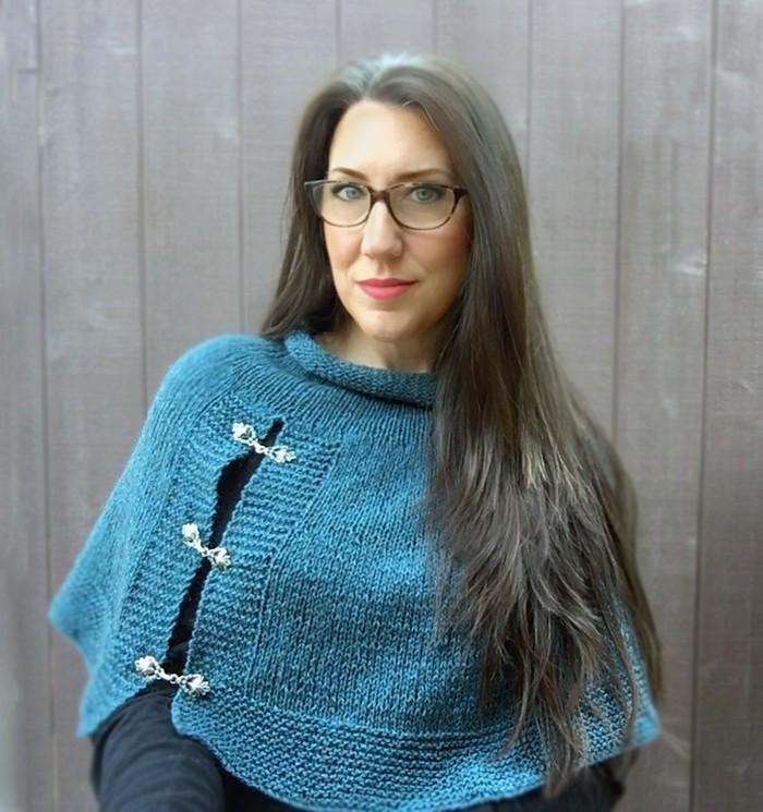 Lapis Capelet Knitting Pattern