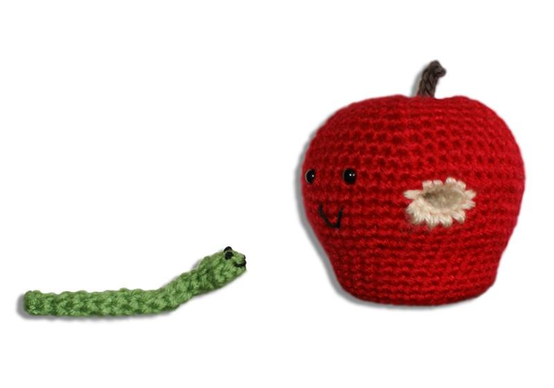 Mac and Tosh Apple Amigurumi with Removeable Worm Friend Crochet Pattern