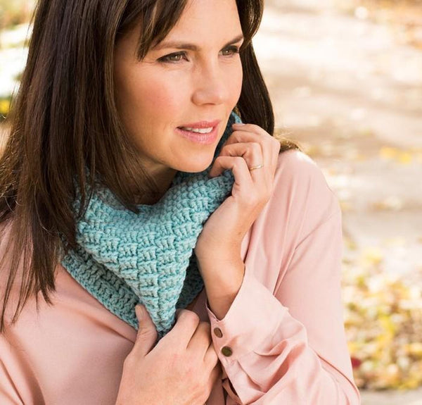 Petite Basketweave Cowl Crochet Pattern