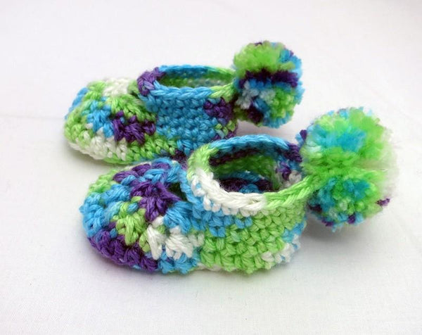 Pom Pom Baby Booties And Beanie Gift Set Crochet Pattern
