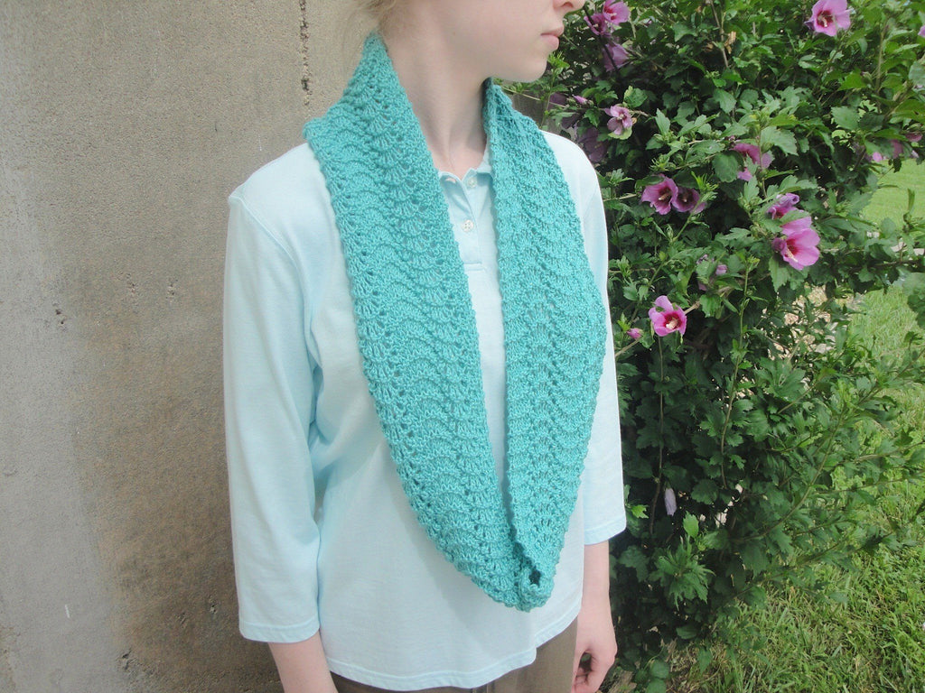 Rippling Infinity Scarf