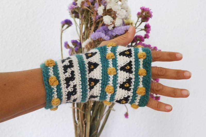 Seed Fingerless Mitts