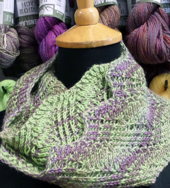 Undulating Waves Cowl