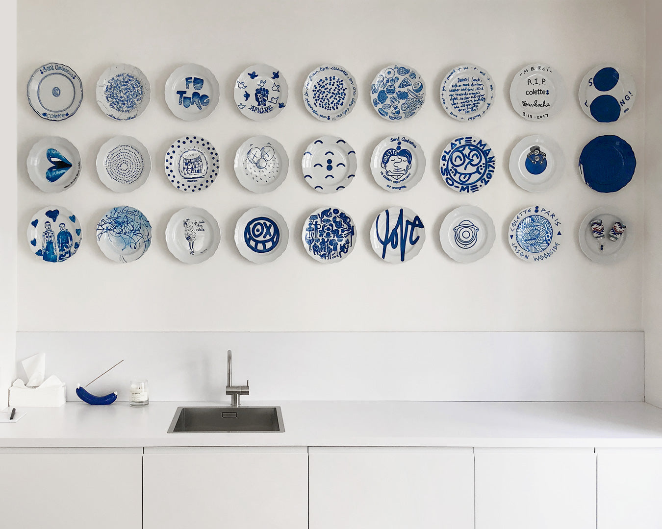 Krink Colette Plate Wall Display