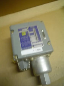 Square D Controls ACW25