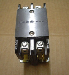 CONTACTOR General Electric CR253CW2B78AAE  208/240V COIL