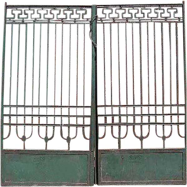 Continental Jugendstil Green Painted Wrought Iron Fencing Panels, Gates and Post
